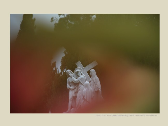 Station VIII - Jesus speaks to the daughters of Jerusalem